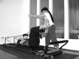 Personal Training Frankfurt im K50 Studio - Pilates Allegro Reformer armcircle